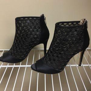 Badgley Mischka Black Dressy Bootie Heels 7.5